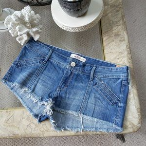 NEW! LIGHT Wash LOW Rise DENIM Shorts By HOLLISTER